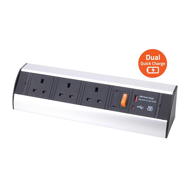 Power Station – 3 Socket & Dual USB Quick charger