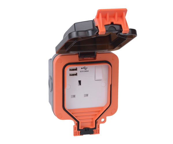Weather Proof 1G 13A Switched Socket with with Dual USB-A Charger