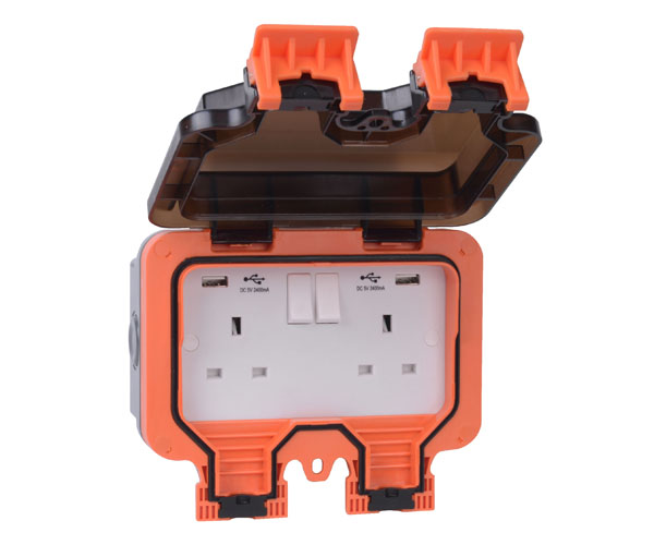 Weather Proof 2G 13A Switched Socket with with Dual USB-A Charger
